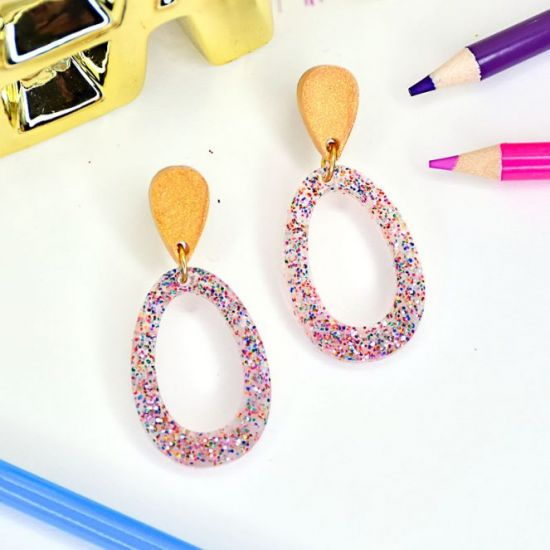 Liquid Sculpey® Confetti Clear and Gold Hoop Earrings