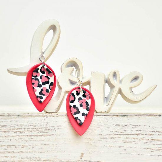Sculpey Soufflé™ Easy Pink Leopard Print Earrings