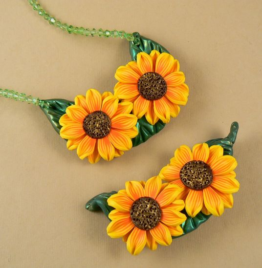 premo! Sunflower Necklace or Brooch
