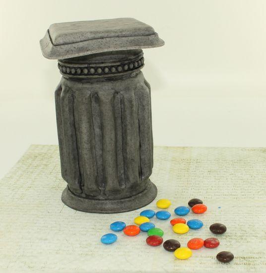 premo! Dandy Candy Hiding Column