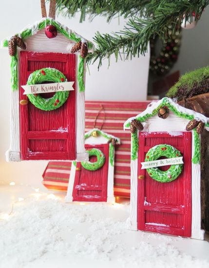 Premo!  Holiday Greeting Door Ornament