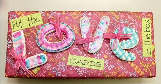 UltraLight® Valentine's Day Card Box