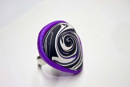 premo! Striking Chaos of Colors Whirl Ring