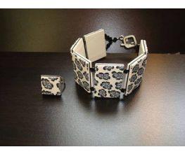 Sculpey Premo™ Flower Tile Bracelet