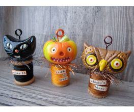 Sculpey Premo™ Halloween Place Card Holder Trio
