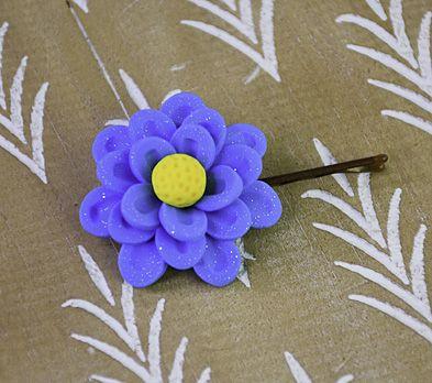 Sculpey III® Glittering Flower Hair Pin