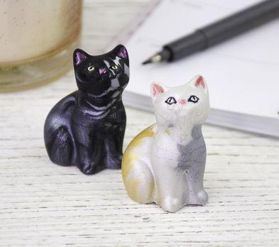 Black and White Alumilite Cat Molds