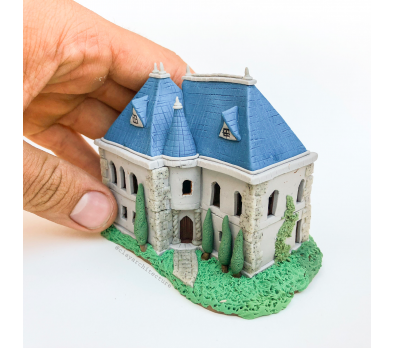 Souffle and Premo Miniature House