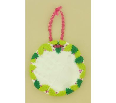 Sculpey Keepsake Handprint Ornament - Festive Holly Leaves
