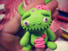 Add details to clay monster zombie