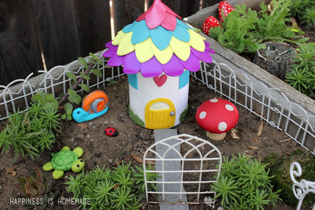 Polymer-Clay-Fairy-Garden-House-and-Accessories