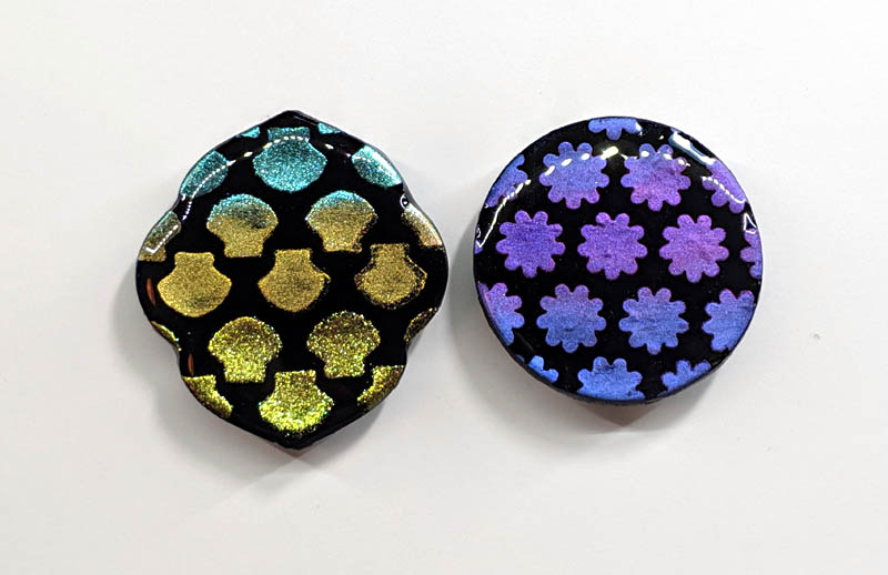 2 pieces with UV resin on flat surface