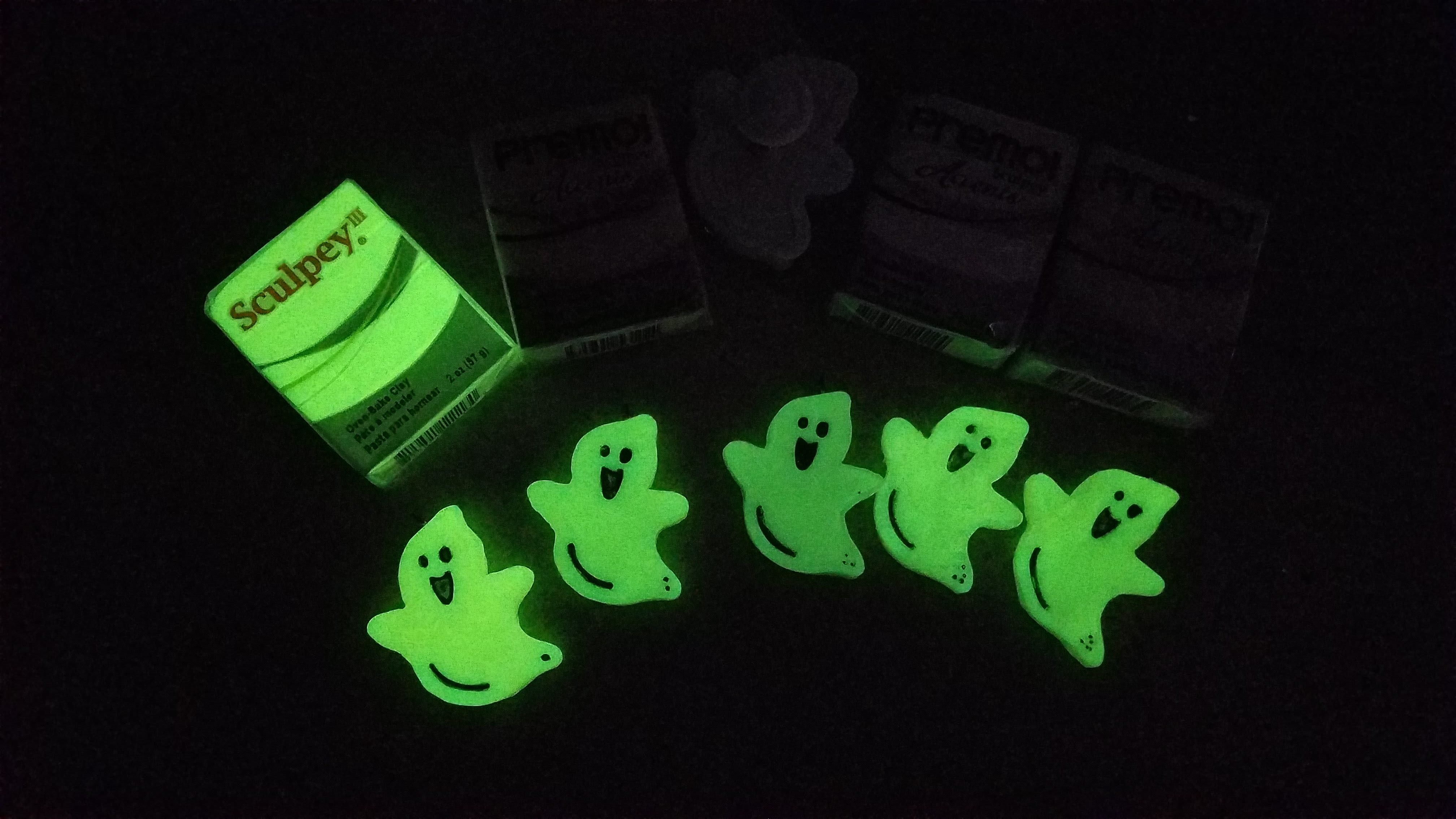 Experimenting with Glow-in-the-dark Polymer Clay
